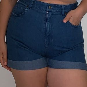 Vintage Talbots 100% cotton jean shorts